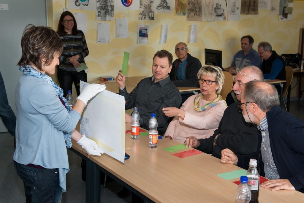 Der Fotoclubvölklingen unterstützt den Ausrichter, DVF Saarland. Vier Juroren mit hoher Kompetenz.